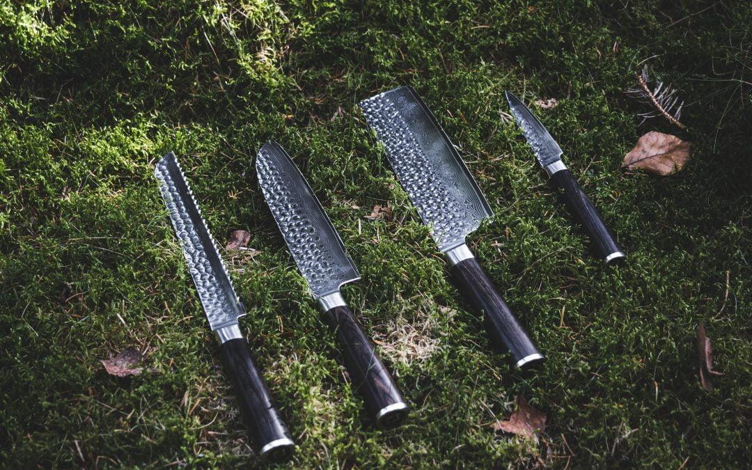 Knivskarpe japanske damaskus køkkenknive er den perfekte fars dags gave i 2021